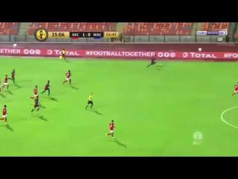 شاهد حسين الشحّات يضيف الهدف الثاني للأهلي في مرمى الوداد
