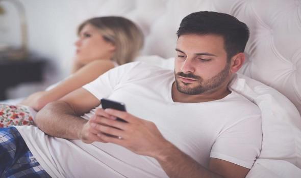 الجزائر اليوم - زوجي يهددني بالطلاق دائمًا