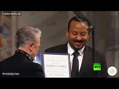 شاهد رئيس وزراء إثيوبيا يتسلم جائزة نوبل للسلام ويحذَر من خطر الجماعات المتطرفة