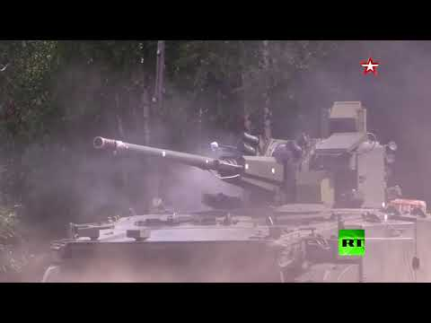 شاهد روسيا تختبر أحدث عرباتها القتالية ديريفاتسيا