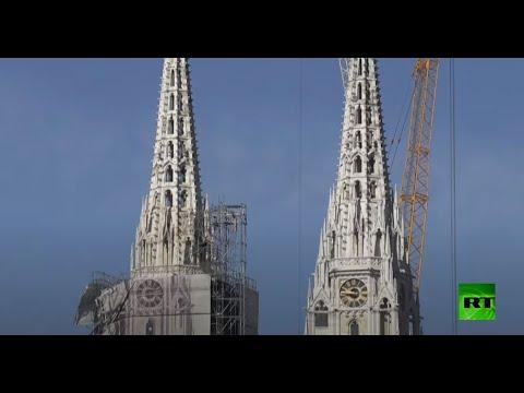 شاهد سلطات كرواتية تُزيل الجزء العلوي من برج كاتدرائية زغرب القوطية الشهيرة
