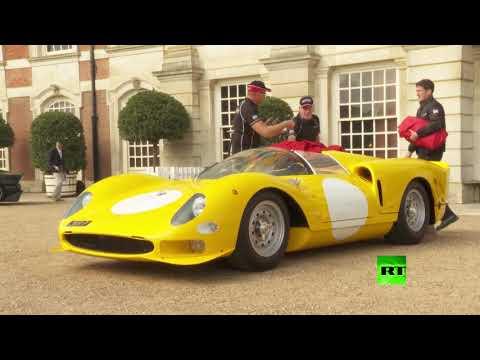 شاهد إقامة أول معرض للسيارات القديمة بقصر هامبتون كورت في لندن